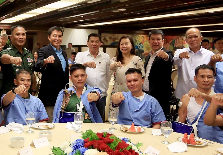 TRUST TRADE supports President Duterte as he honors soldiers wounded-in-action on National Heroes Day 2016
